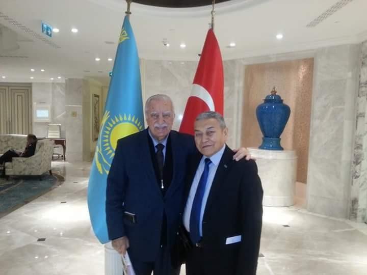 Doğu Türkistan'dan 50 yıllar da zor ve çetin bir yolculukla Türkiye ye gelen Mansur Teyci beyle.