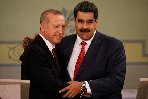 Presidente turco Erdogan oferece apoio a venezuelano Maduro