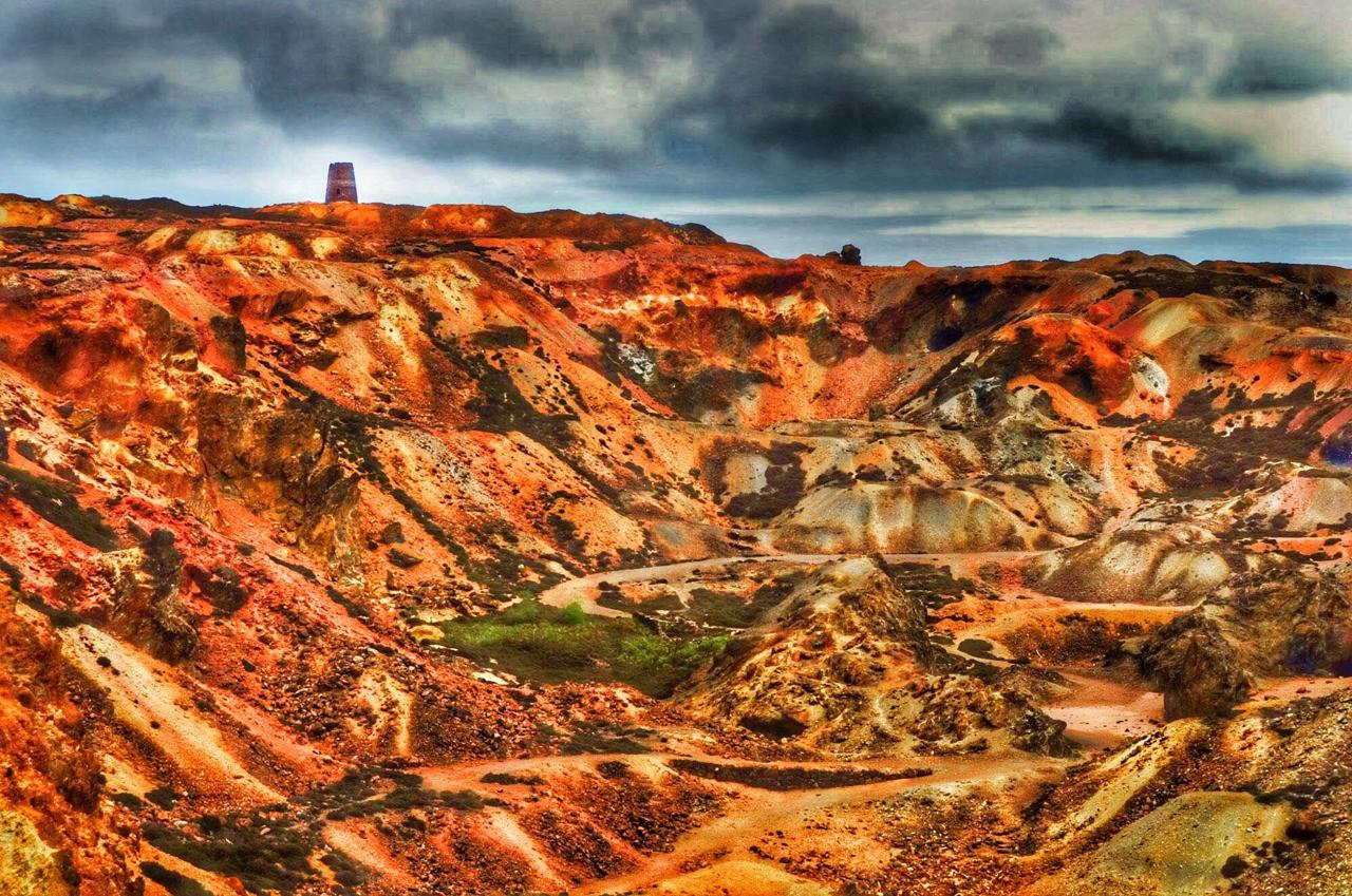 Mynydd Parys / Parys Mountain Amlwch Anglesey old copper mines..