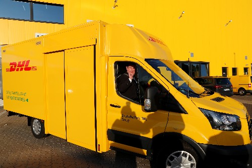 Germany backs draft law to protect parcel delivery drivers
