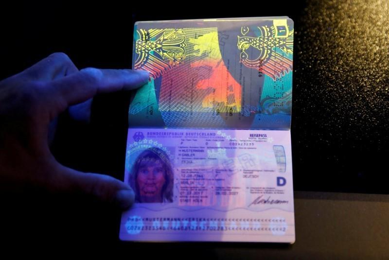 Germany bans digital doppelganger passport photos