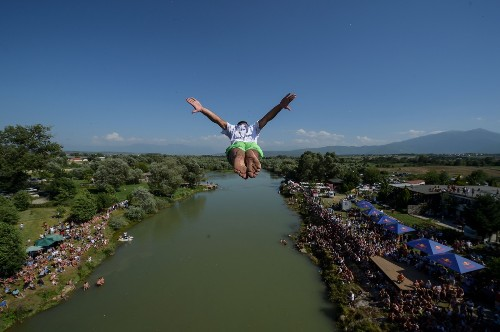 High Diving Contest in Kosovo: Pictures