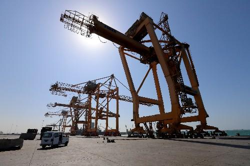 Yemen's Houthis ignoring calls for political solution: Saudi minister