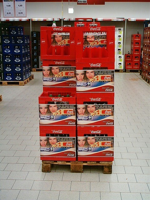 Crate sleeving for Coca Cola Germany