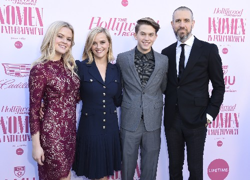 Reese Witherspoon honored at Women in Entertainment gala