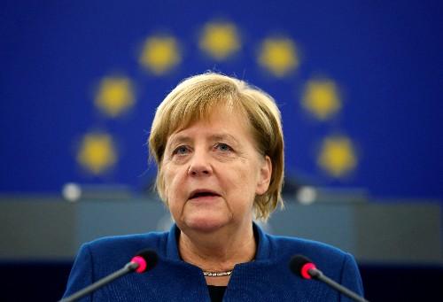 独首相、「欧州軍」創設を呼び掛け 欧州議会で演説