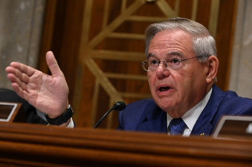Defying Trump, U.S. senator moves toward vote to block Saudi arms sales