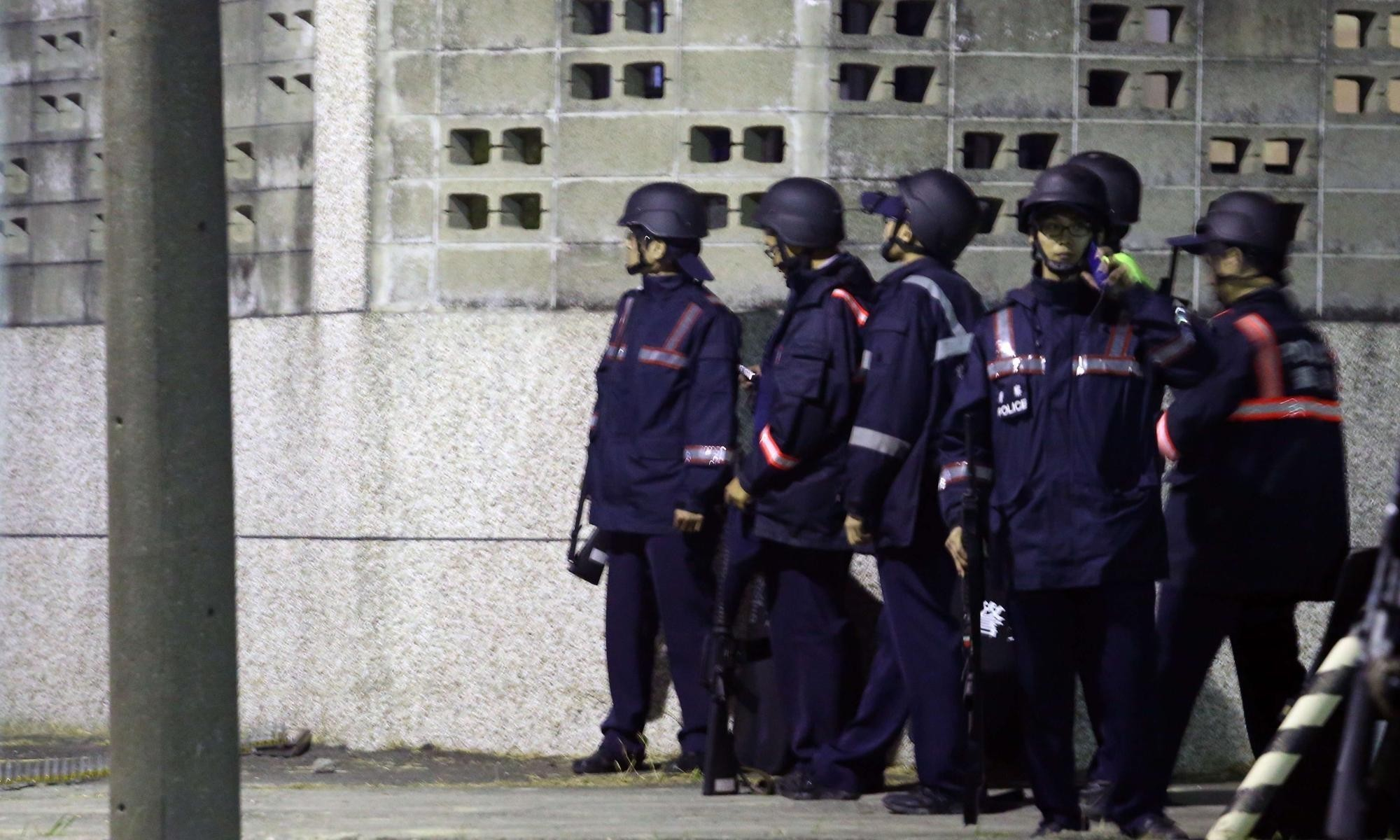 Six prisoners reported to have killed themselves after taking hostages in Taiwan