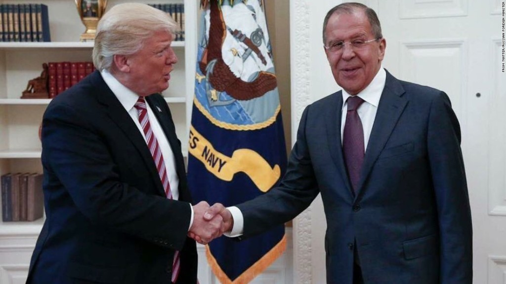 White House furious after being trolled with Russia Oval Office photos