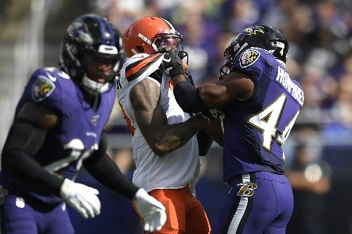 Browns' Beckham fined for fighting, questions NFL's system