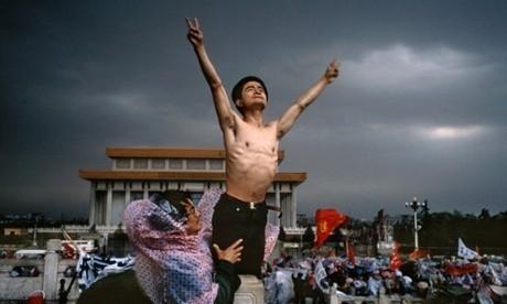 Stuart Franklin: how I photographed Tiananmen Square and 'tank man'