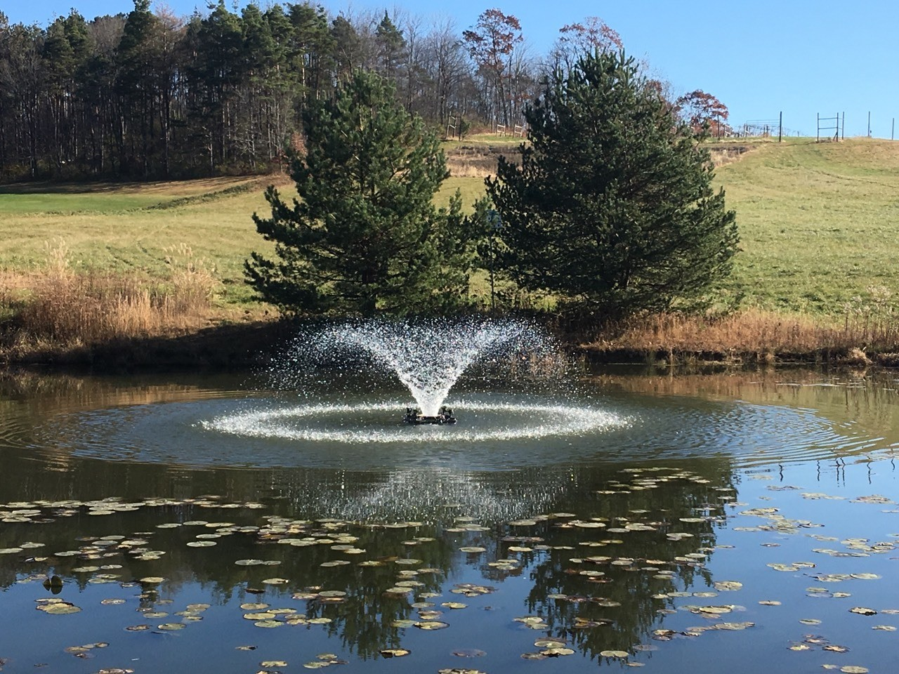 Floating aerating fountain in Uniontown area, Pennsylvania