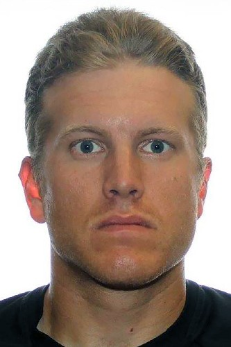 Minnesota, Canadian police search for missing ex-reservist