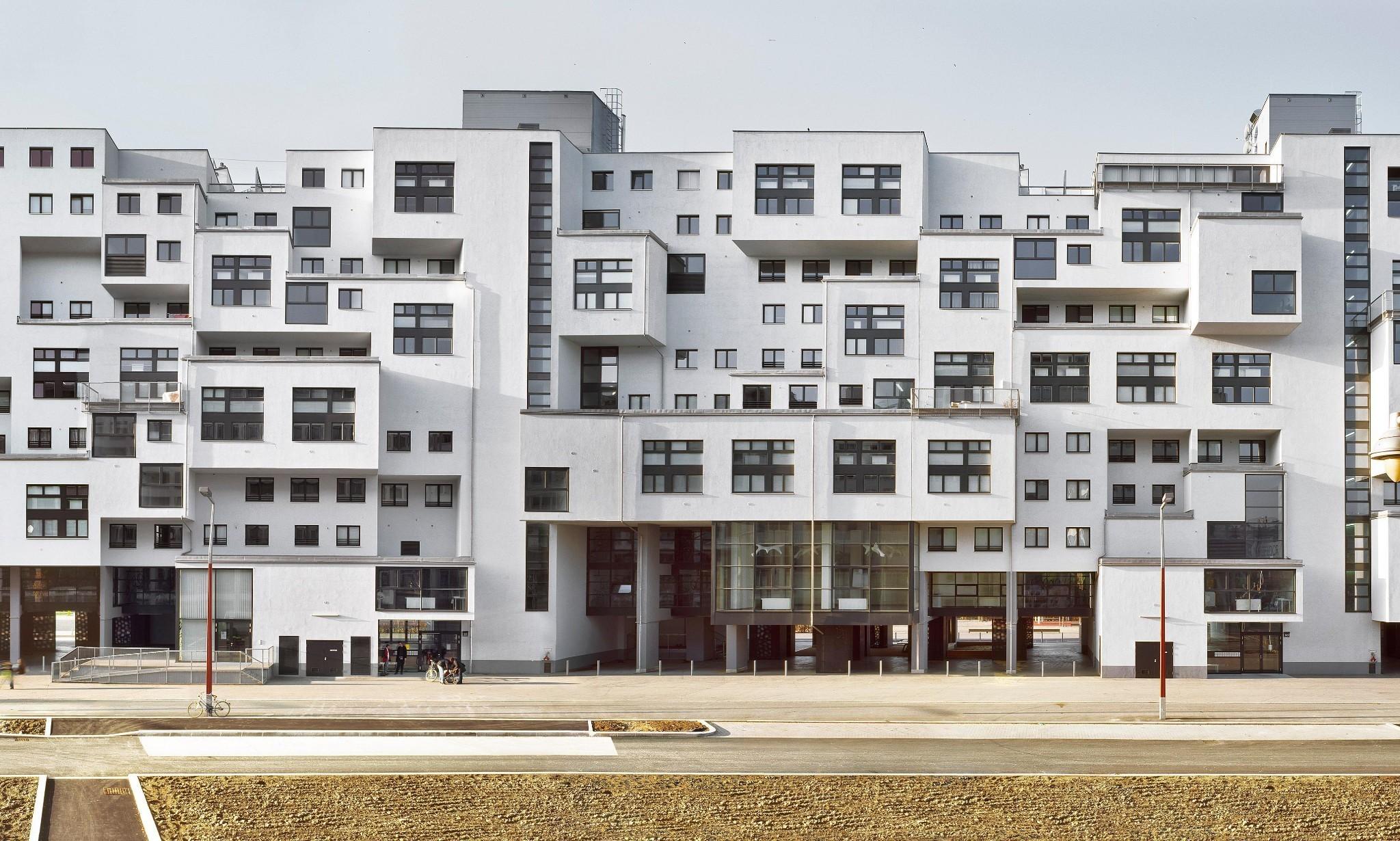 Story of cities #18: Vienna's 'wild settlers' kickstart a social housing revolution