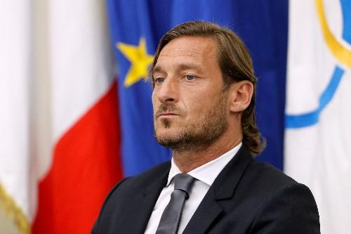 AS Roma great Totti leaves club slamming the door