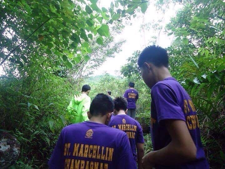 In this picture, we can observe that the students of 10-SMC are going on a hike to Mt. Banahaw. The physics concept that we have seen energy is present among the hikers.Specifically heat and chemical energy the food that they consumed inside their body was converted into chemicals and the heat were exfoliated thru the body