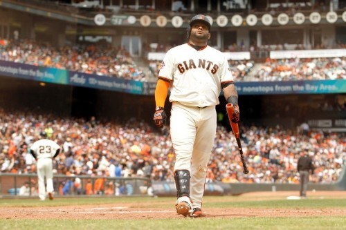Giants' Sandoval (hamstring) out for year; Cueto has Tommy John surgery