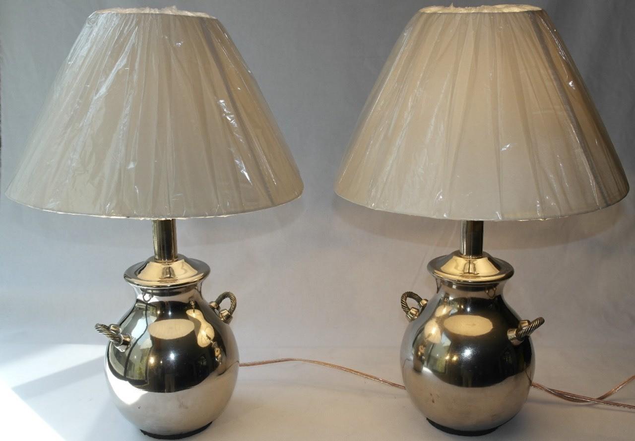 Lamparas plateadas metálicas jarrones www.tribeca-vintage.com