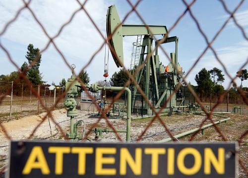 Нефть дорожает на фоне намеков ОПЕК на дальнейшее сокращение добычи