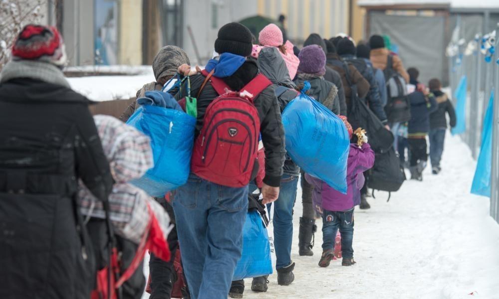 Refugee influx helps halt decline in Germany's population