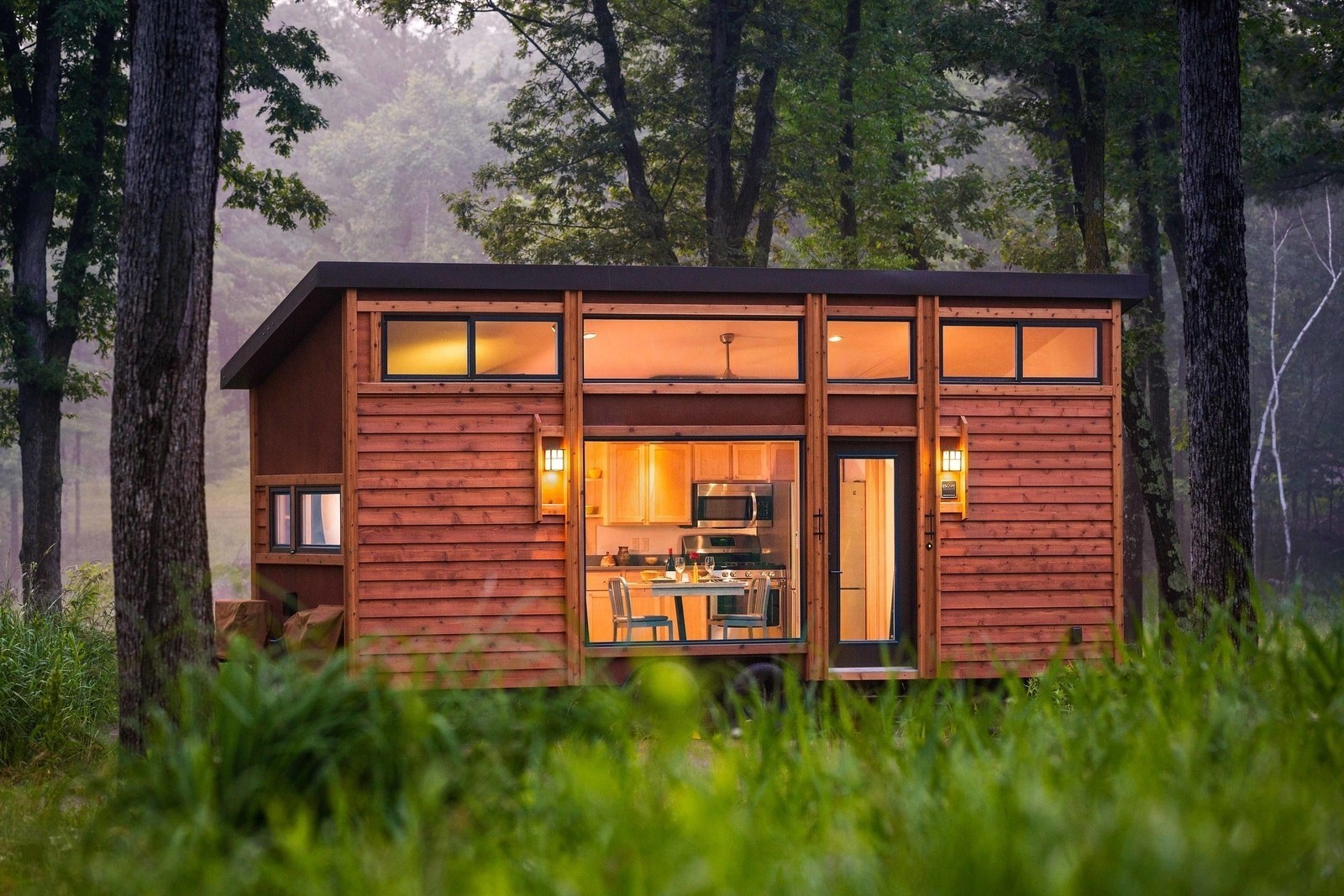This Travel-Ready Trailer May Look Small, But It Can Sleep Six