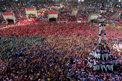 Human castles: Tarragona human tower competition 2014, in pictures - Telegraph
