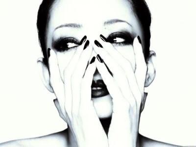 Namie Amuro - Magazine cover