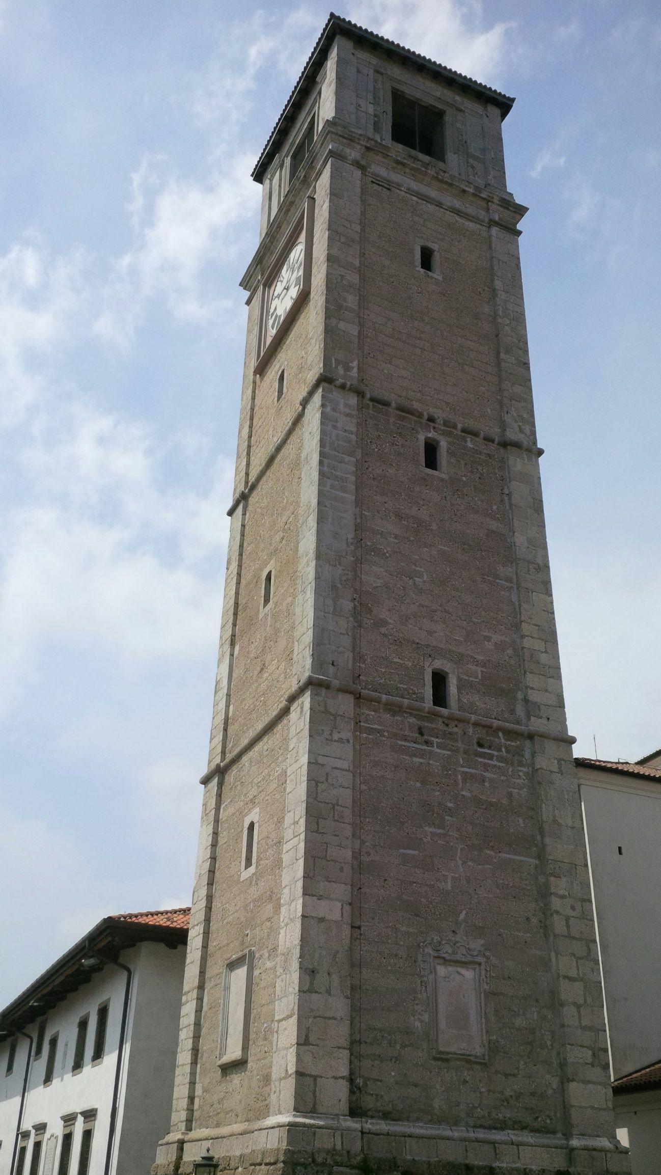 Il campanile di San Daniele del Friuli. Bellissima cittadina e famosa per la produzione del famoso prosciutto di San Daniele.