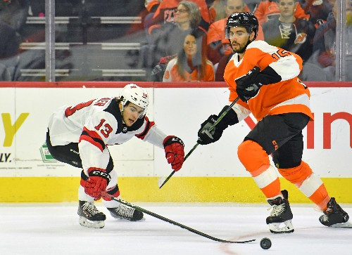 Hart's first career shutout lifts Flyers past Devils