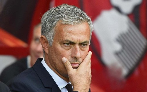 Man Utd transfer news: Jose Mourinho ready to axe at least eight players over the next two windows