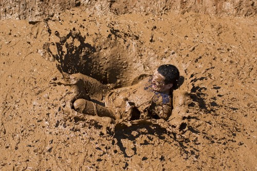 Mud Day in Israel: Pictures