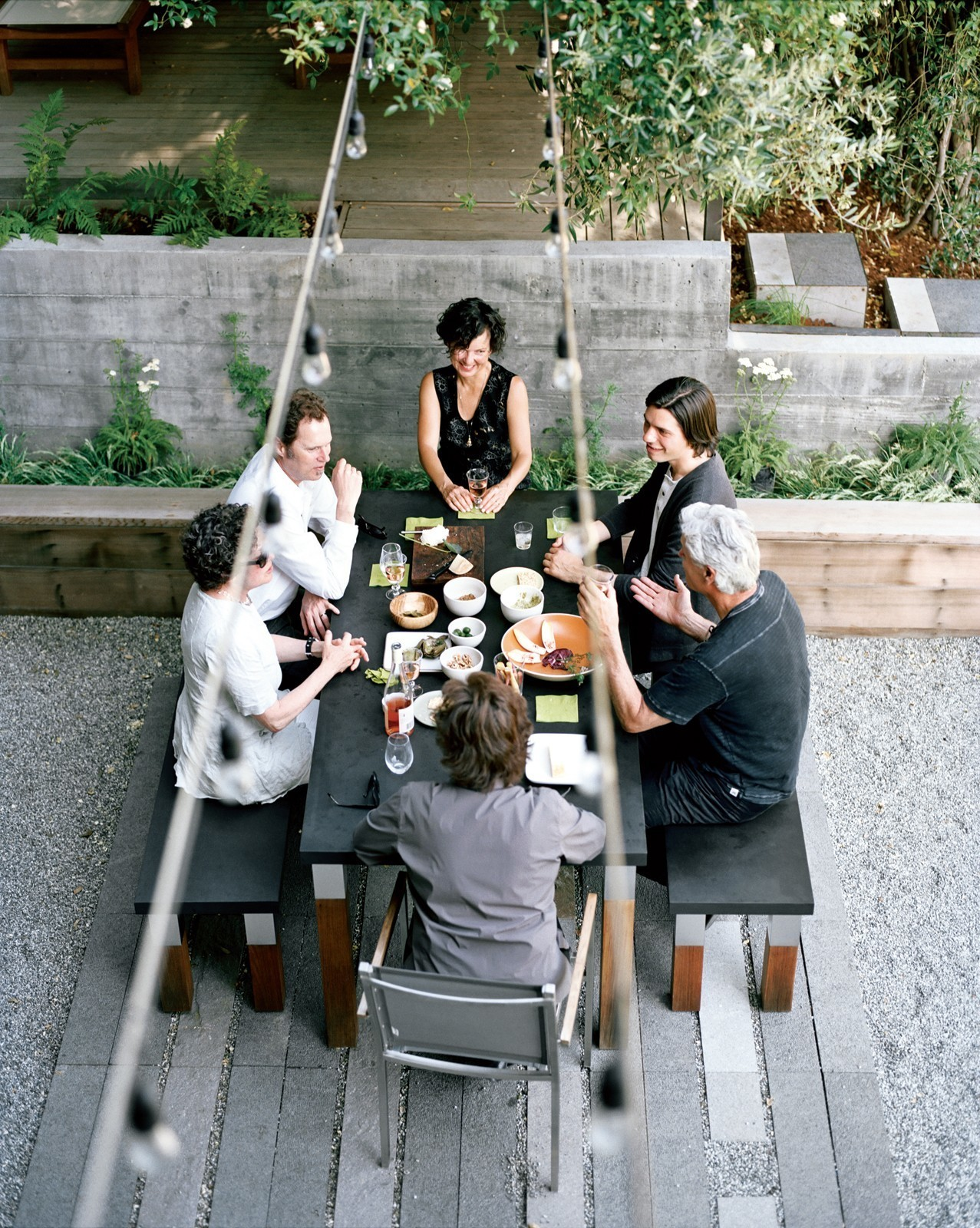 Articles about 7 outdoor entertaining areas done right on Dwell.com - Dwell