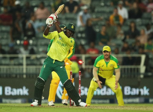 Agar hat-trick helps Australia thrash South Africa in first T20