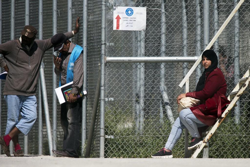 .com@gmail.com https://http-www-bbc-com.0.freebasics.com/urdu/world/2016/04/160404_migrant_crisis_greece_begins_deportation_mb?iorg_service_id_internal=1447345102239237%3BAfqoXMNQSIiRbW1X#core-navigation   c https://http-www-bbc-com.0.freebasics.com/urdu/world/2016/04/160404_migrant_crisis_greece_begins_deportation_mb?iorg_service_id_internal=1447345102239237%3BAfqoXMNQSIiRbW1X#core-navigation   c - Magazine cover