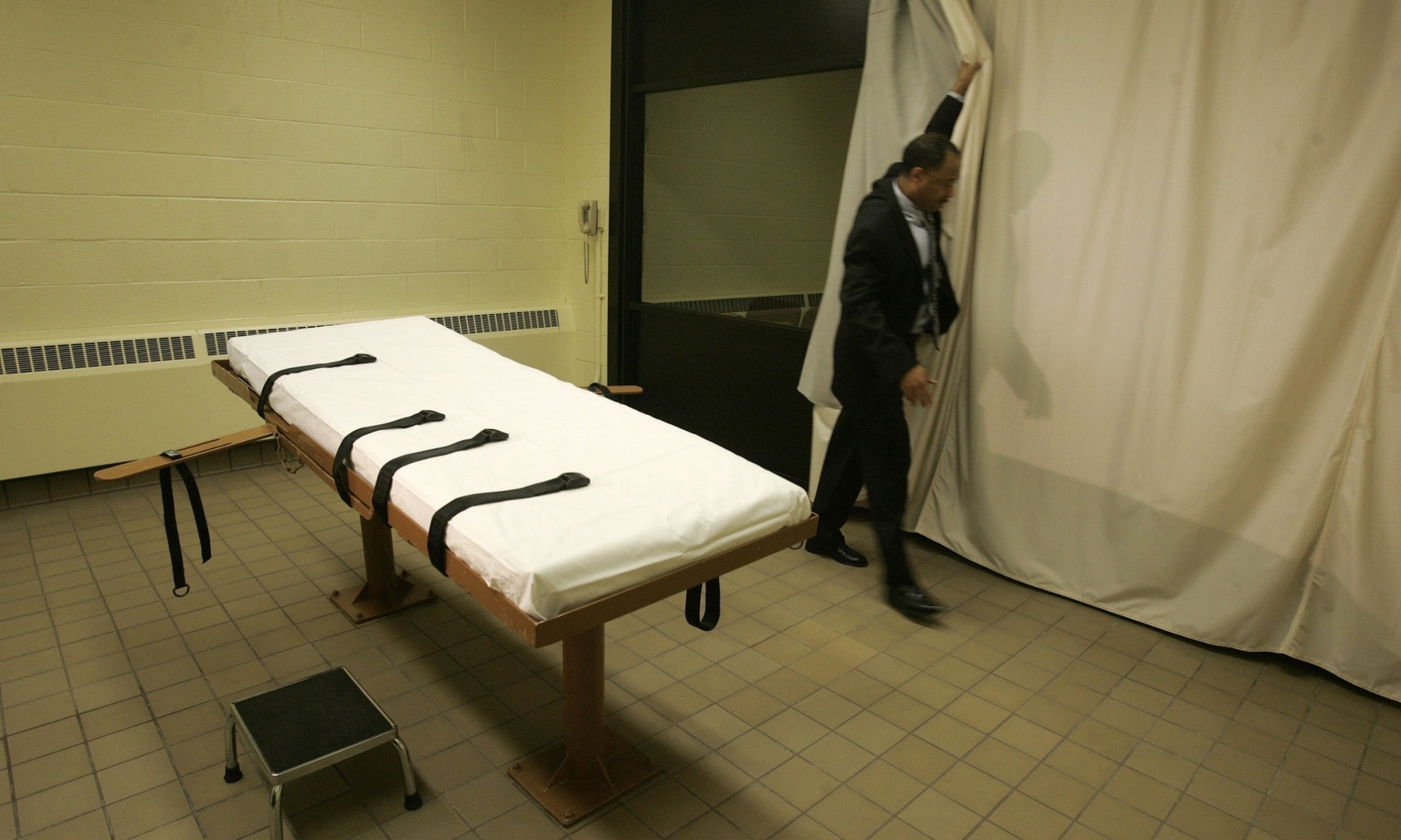 Ohio Republicans push law to keep all details of executions secret