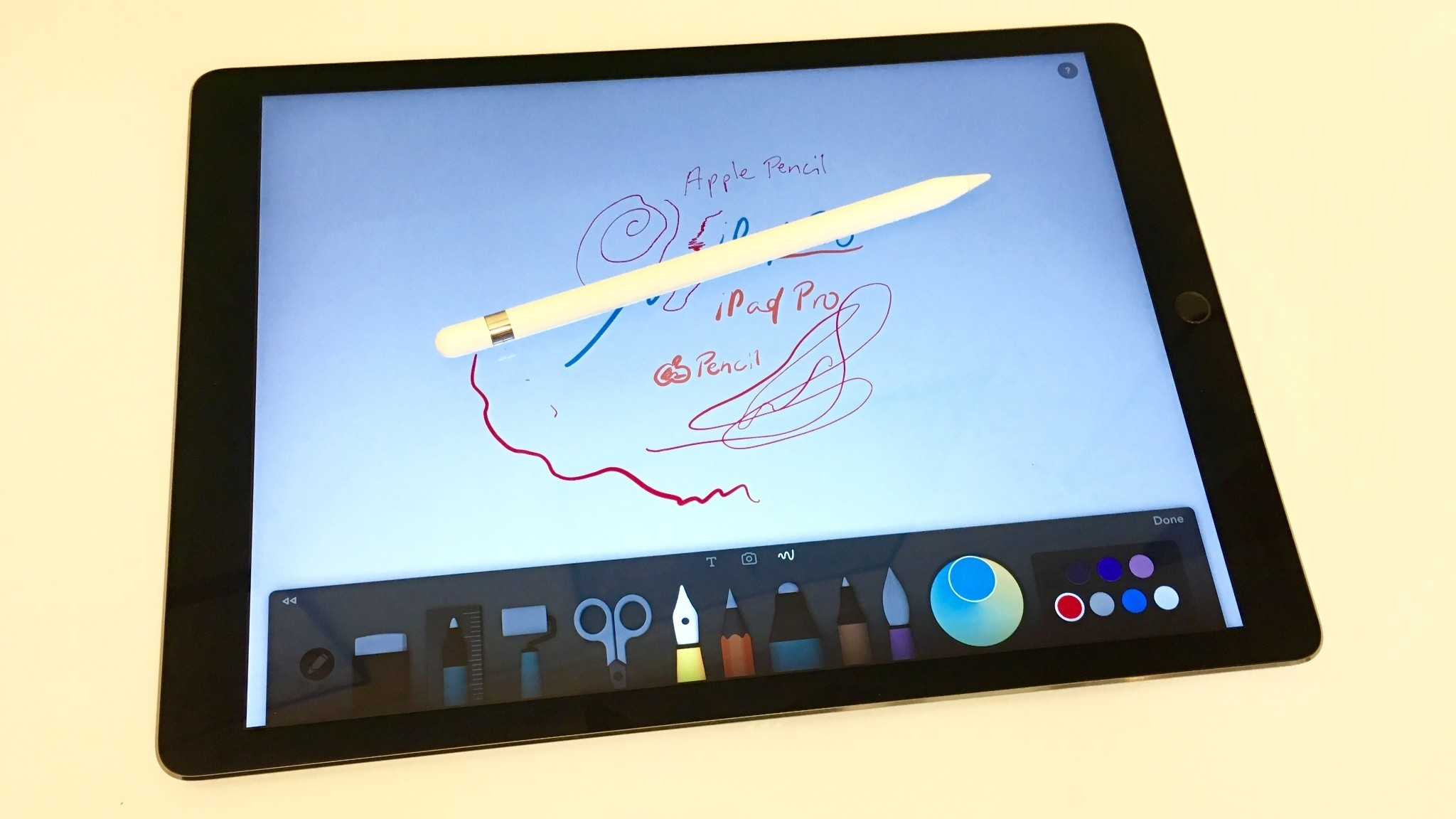 Hands-on: Apple Pencil unboxing with iPad Pro