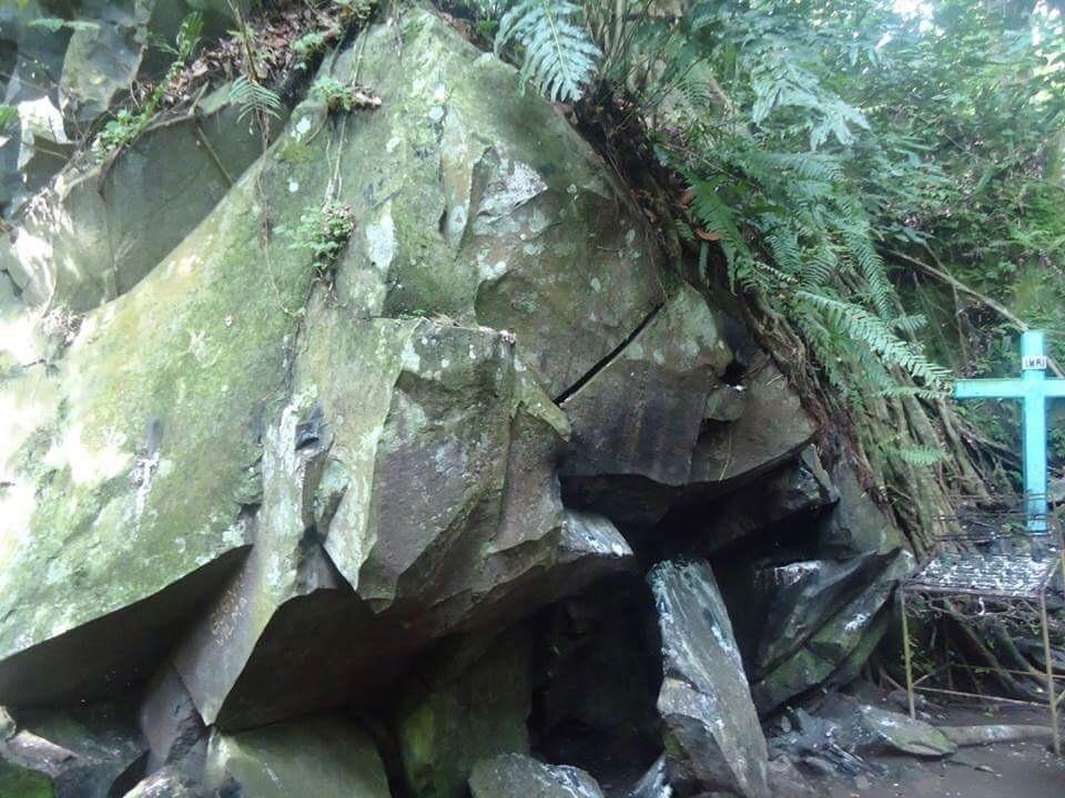 Husgado cave