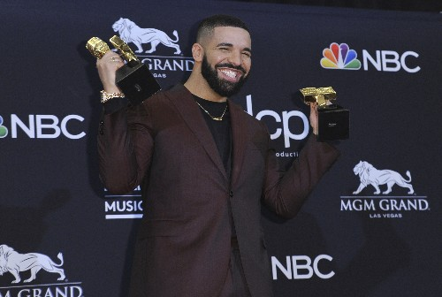 Drake breaks Taylor Swift's record at Billboard Music Awards