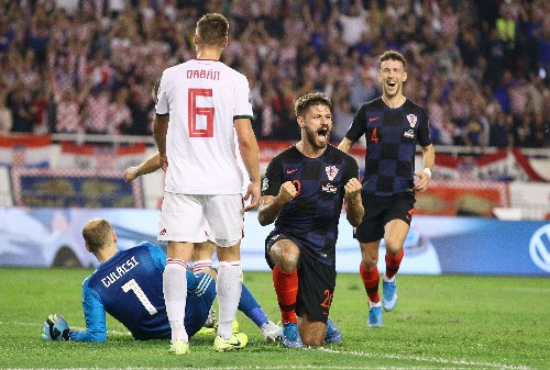 Croatia thump Hungary to stay on course, Slovakia hold Wales