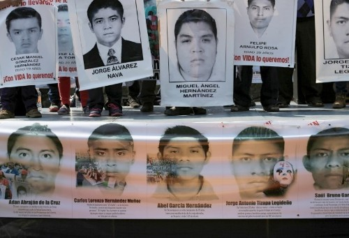 Experts say Mexico hampered probe into apparent student massacre