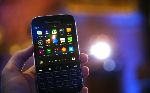 Samsung Reportedly Approached BlackBerry With A Takeover Bid (Update: BlackBerry Denies)