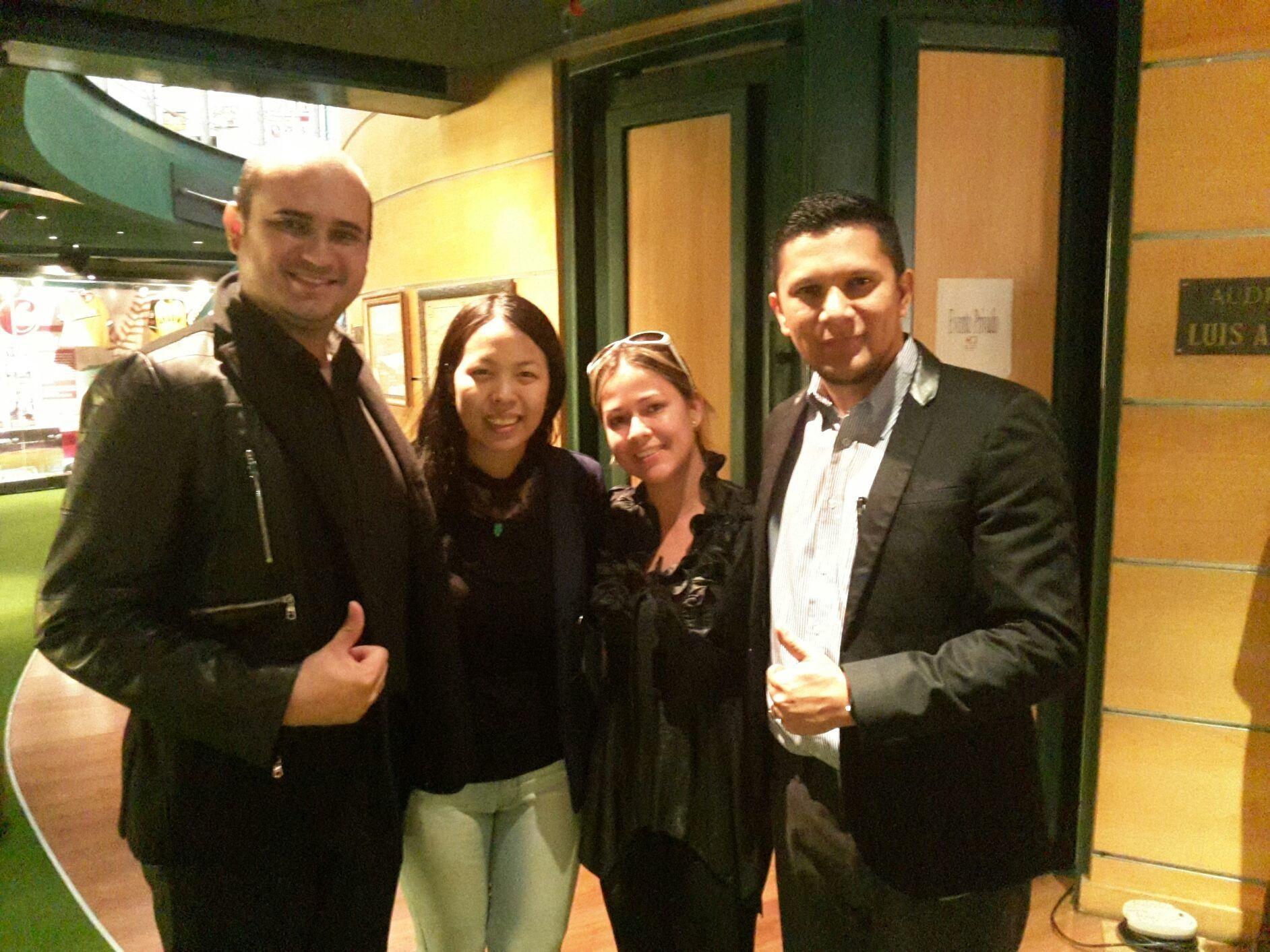 Compartiendo en el taller de Marketing Digital 3.0 con Yi Min Shum, Johanna Parra, Jhonnan Oropeza y Javier Rumbos. Valencia - Vzla