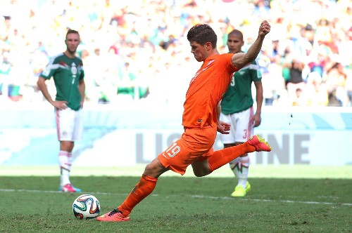 Penalty Kicks for Dutch, Costa Rica: Pictures