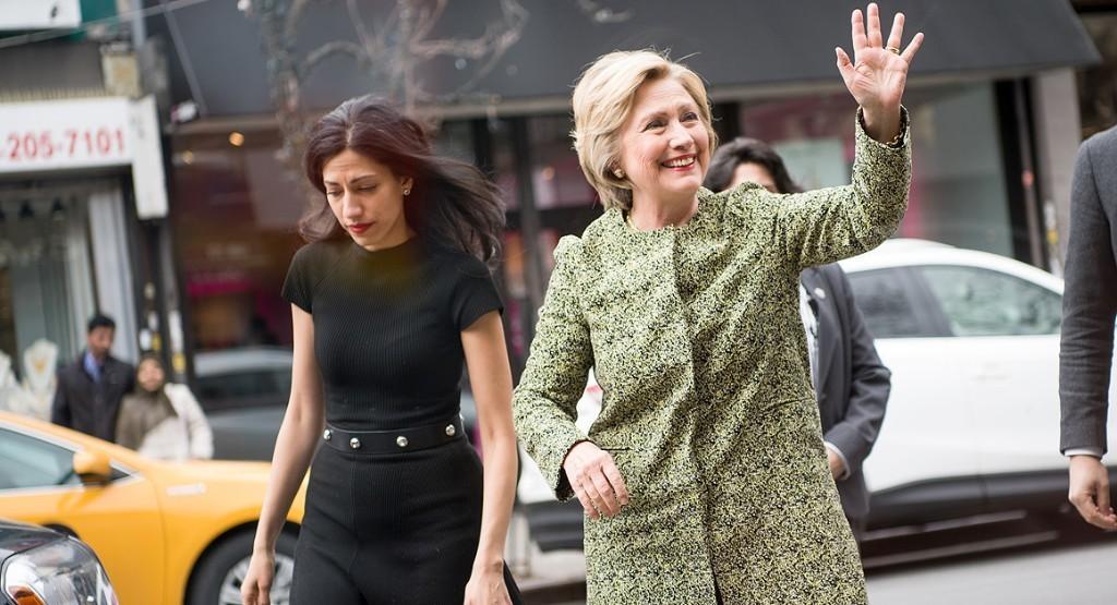 Clinton tightens grip on New York