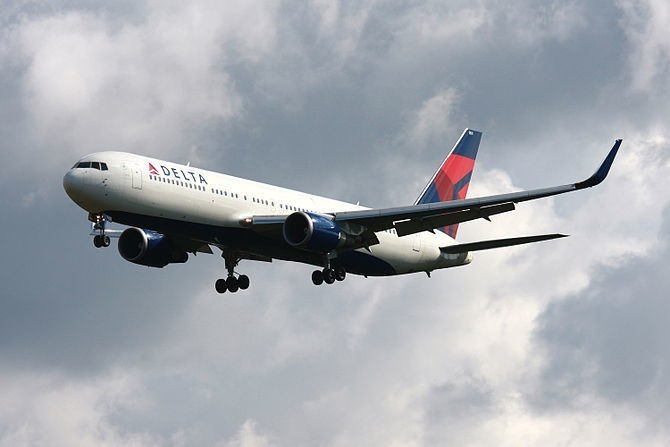 Delta Gives Employees a Raise and Early Profit Sharing