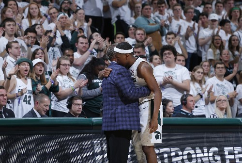 Winston plays after brother's death, Spartans win easily