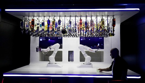 Shaken or stirred: robotic bartender serves up cocktails for Prague clubbers