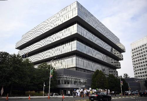 Prosecutor: Drug maker pushed OxyContin despite danger signs