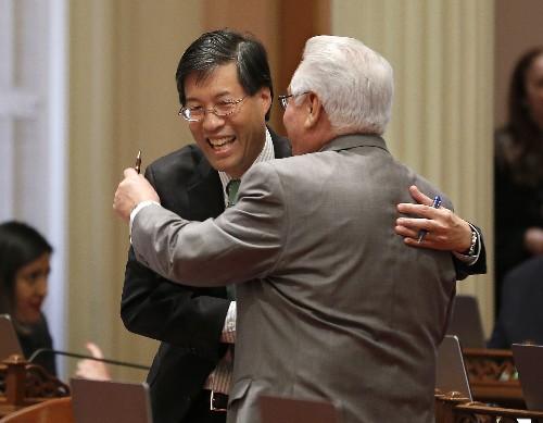 Tougher vaccine rules move forward in California