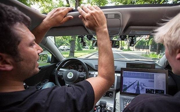 Driverless cars could be hacked by terrorists, warn transport experts